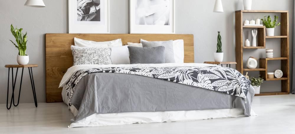 Drewniany zagłówek łóżka