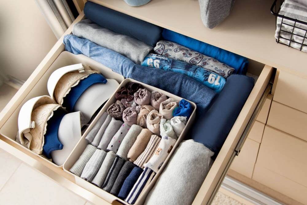 Organizacja rzeczy w garderobie