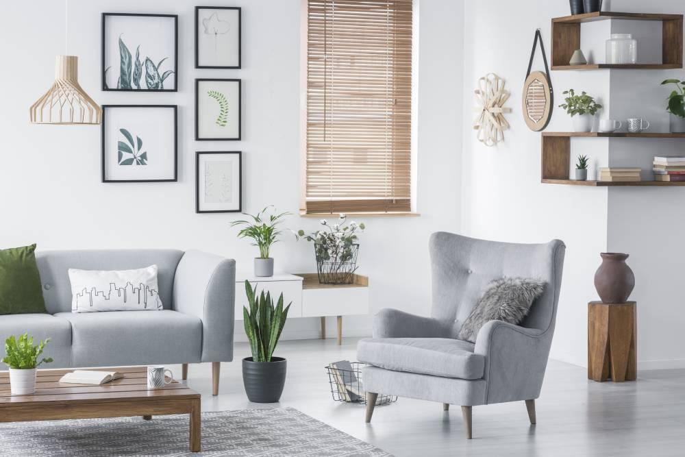 Fotel-uszak i lekka sofa