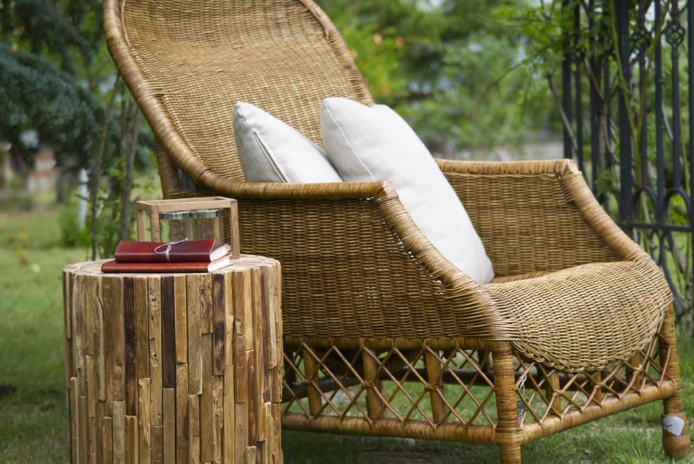 Fotel z naturalnego rattanu